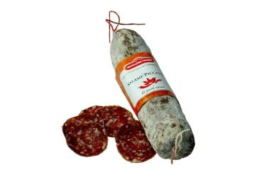 Salami mit Pfeffer und Chili